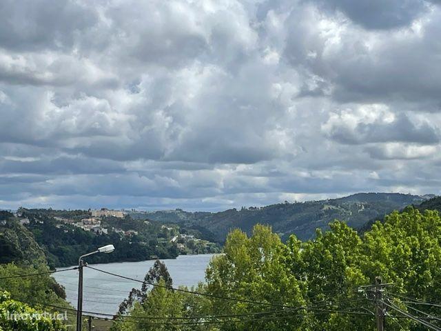 2 Moradias - Gondomar (Marginal RIo) / Vistas de Rio