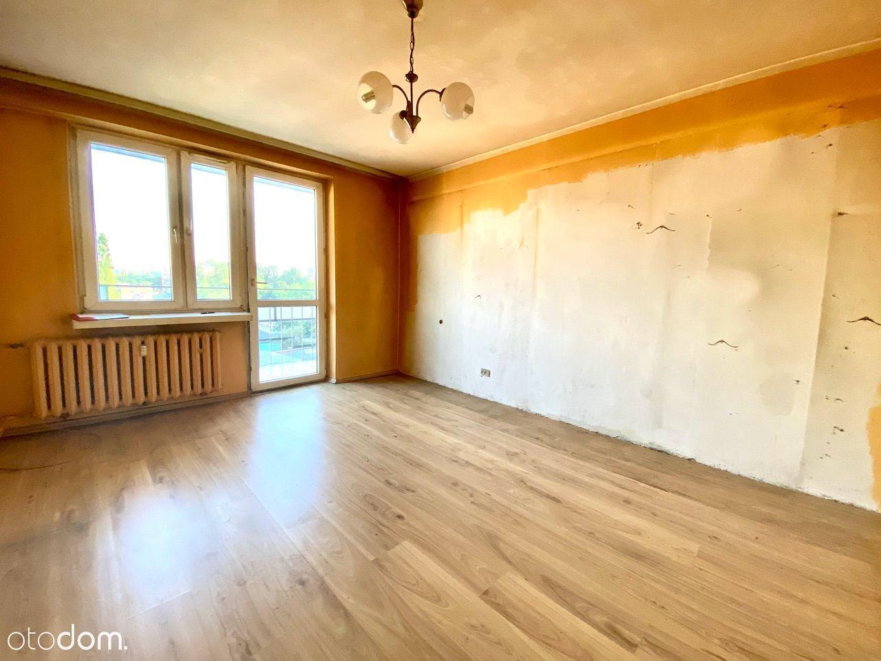 2 pokoje + osobna kuchnia, duży balkon,