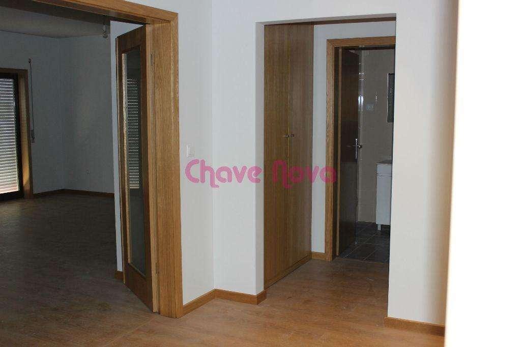 Apartamento para comprar, Oliveira de Azeméis, Santiago de Riba-Ul, Ul, Macinhata da Seixa e Madail, Aveiro - Foto 5