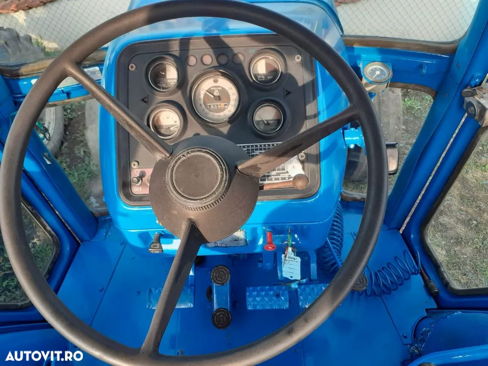 Ford 8700 - 7