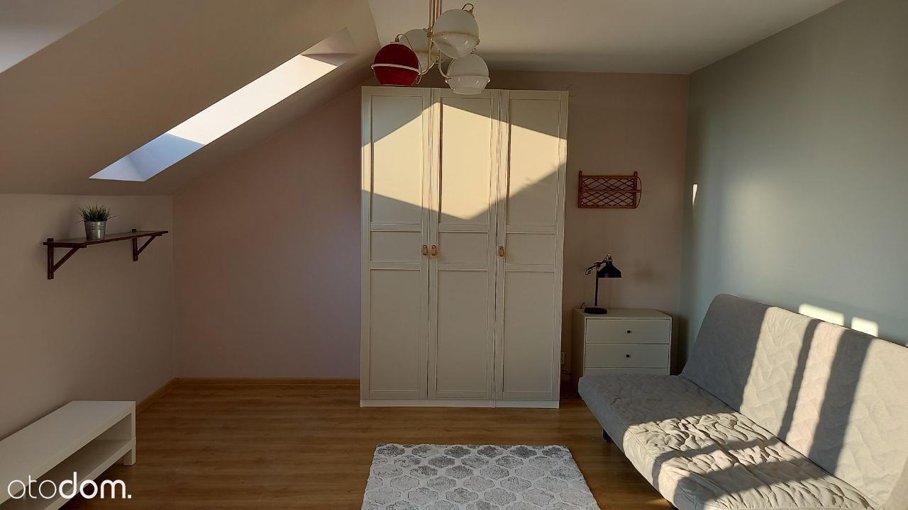 Przyjemne, odświeżone mieszkanie z widokiem 34 m2.