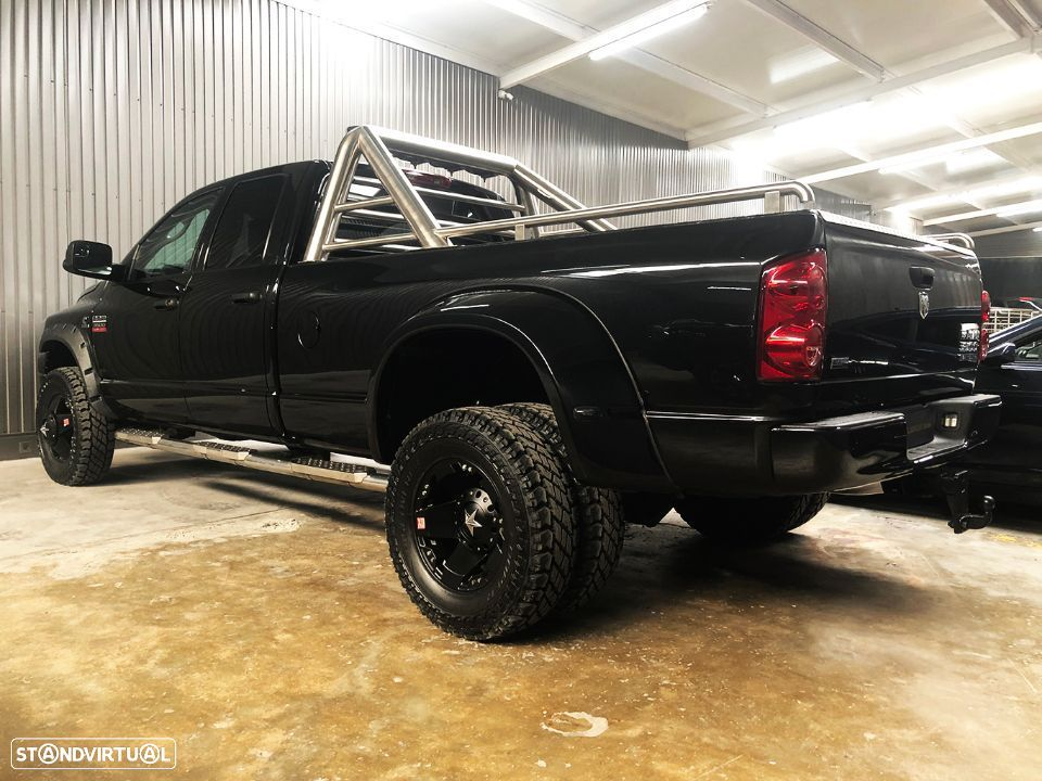 Dodge RAM 3500 Dually Cummins 6.7L Heavy Duty Quadcab Turbo Diesel Bluetec RESTYLE - 3