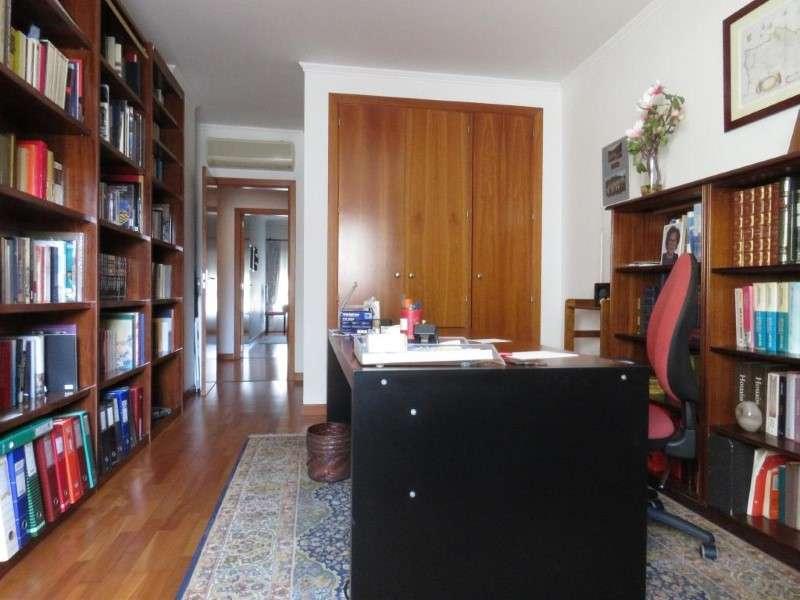 Apartamento para comprar, Algés, Linda-a-Velha e Cruz Quebrada-Dafundo, Oeiras, Lisboa - Foto 19