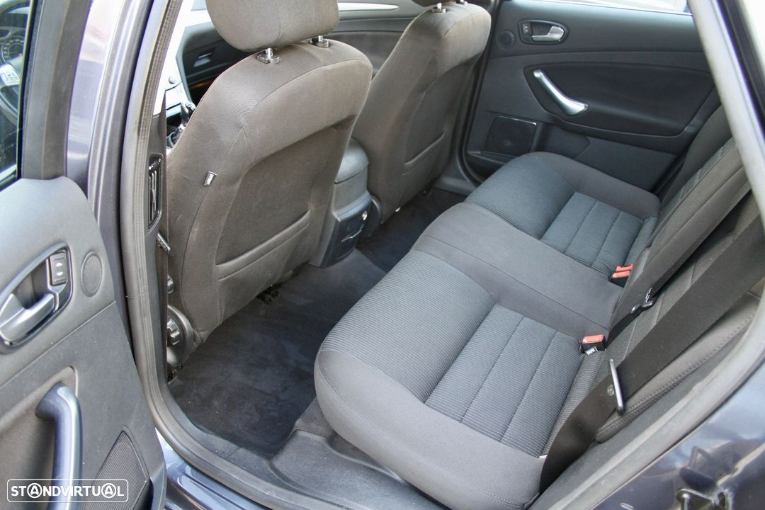 Ford Mondeo SW 1.8 TDCI ECONETIC - 16