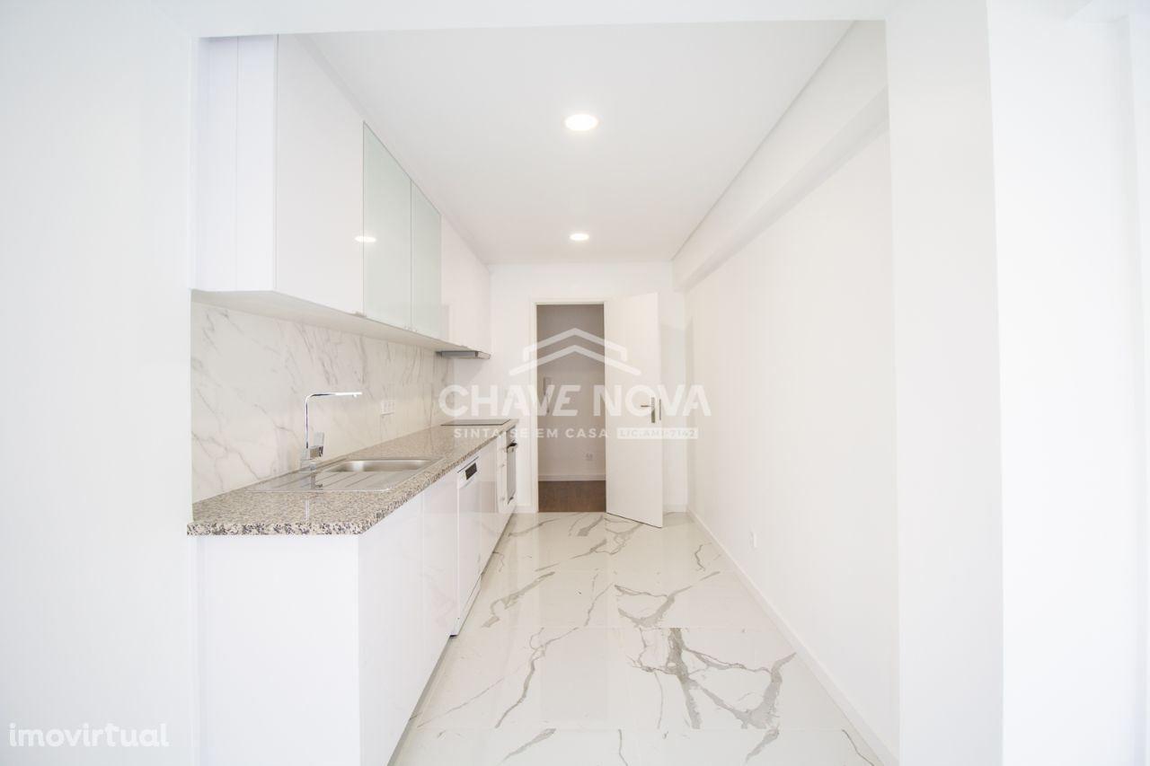 MBC - Apartamento T2, totalmente remodelado, em Vila Nova de Gaia