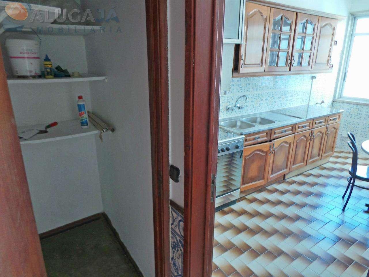 Apartamento para comprar, Travessa Doutor João de Barros - Mercês, Algueirão-Mem Martins - Foto 4
