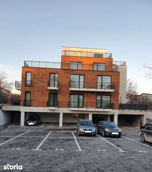 Apartament in bloc nou zona Centru cu  parcare proprie