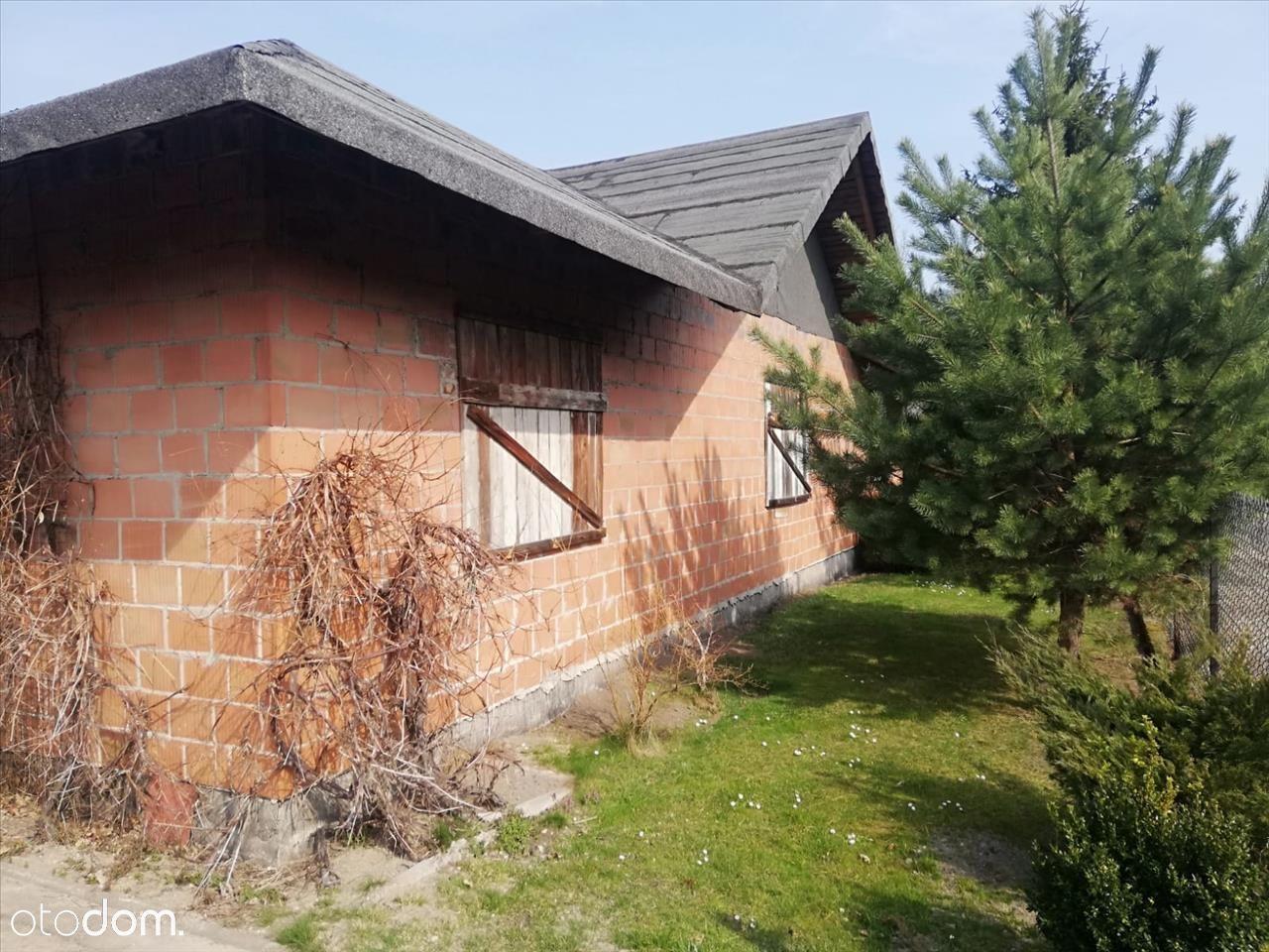 Dom w stanie surowym w Rąbieniu