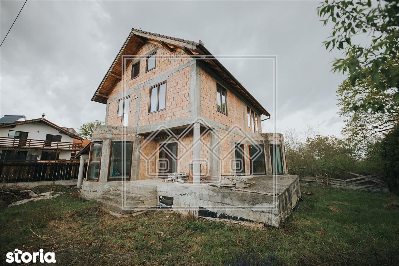 Casa individuala 5 camere - Teren Mare - Schimb cu apartament + dif