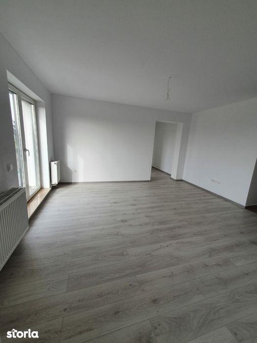 Apartament 3 Camere zona Tractorul - Cod 7075