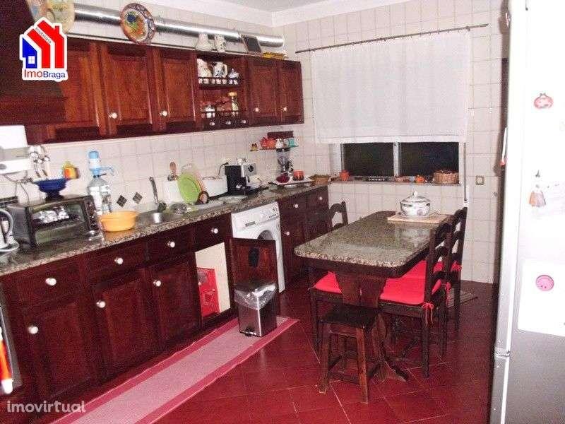 Moradia para comprar, Arentim e Cunha, Braga - Foto 1
