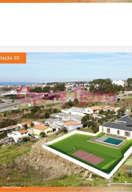 Lote com projeto de moradia para lar de terceira idade em Arcozelo VNG