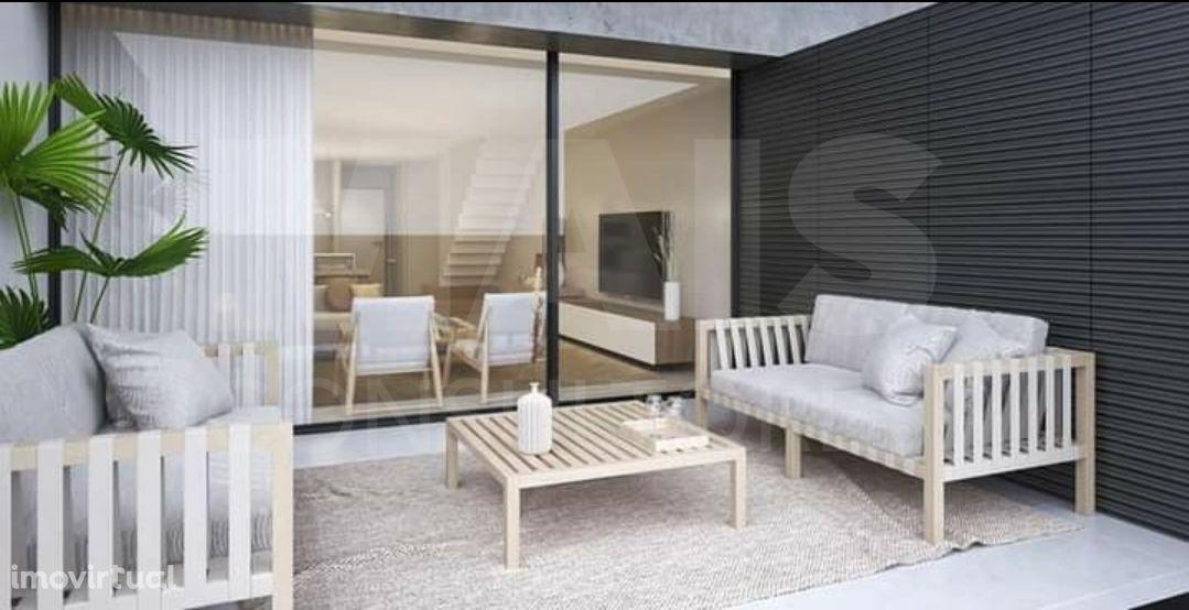 Apartamento T4 Novo Ofir