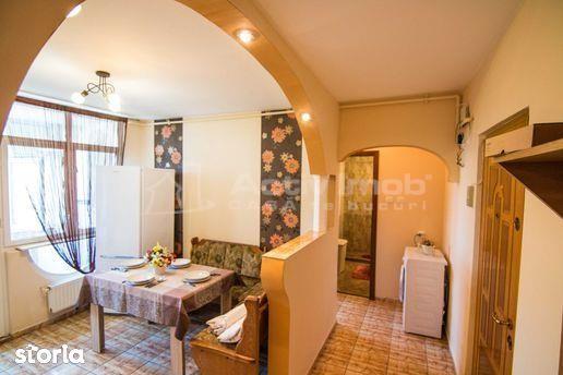 Apartament de inchiriat- 2 camere - M. Viteazu