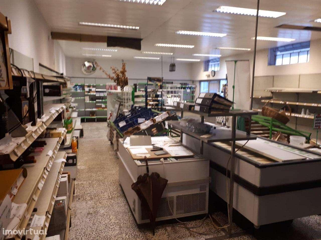 Loja para arrendar, Coimbra (Sé Nova, Santa Cruz, Almedina e São Bartolomeu), Coimbra - Foto 4