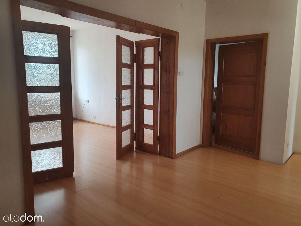 4 pokoje, I piętro, garaż