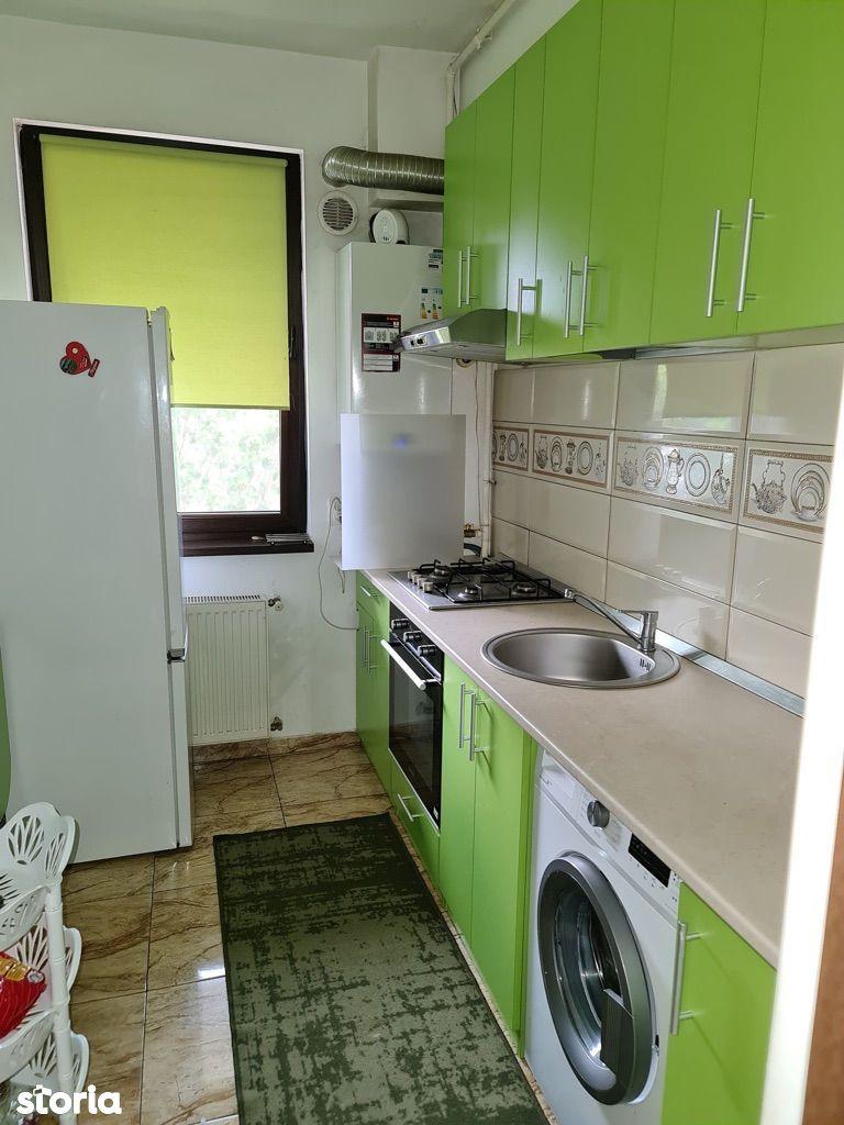 Apartment 3 camera bucuresti noi damaroaia