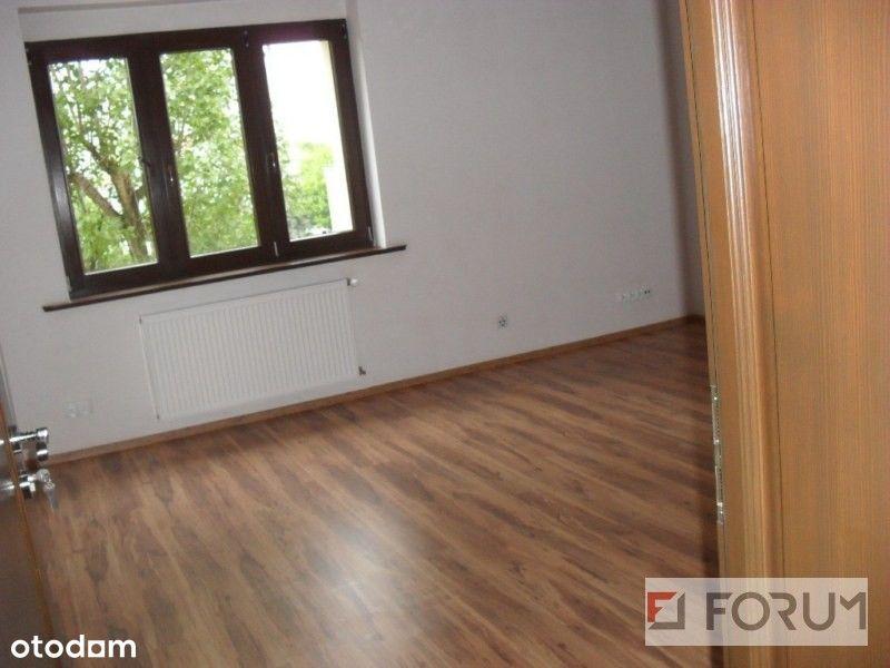 Lokal użytkowy, 110 m², Toruń