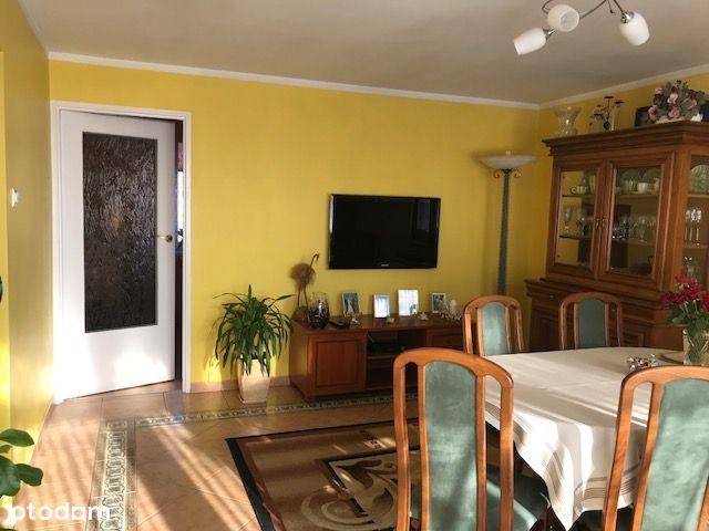 Przestronne mieszkanie do sprzedaży w Lubaniu