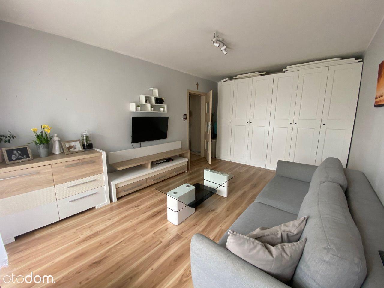 Mieszkanie, 54 m², Bieruń