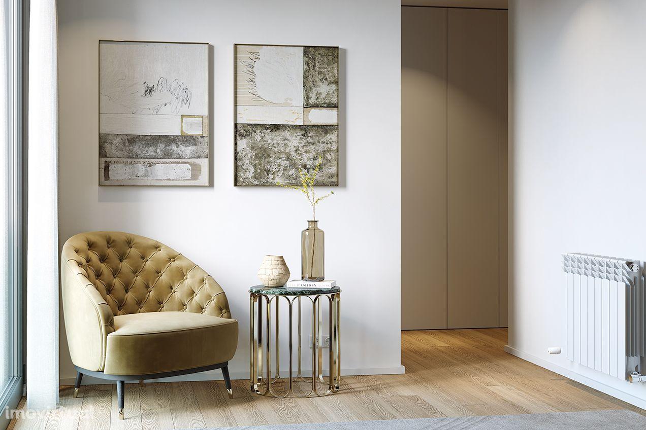 Apartamento T4, Piso 1.