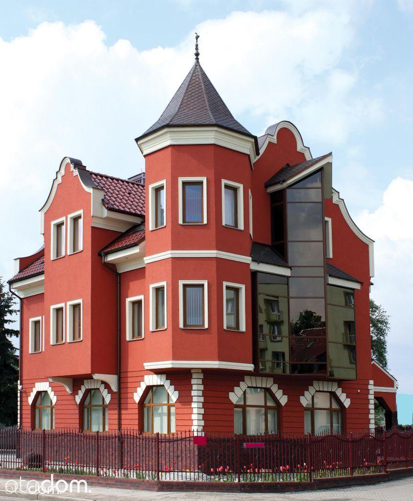 Reprezentacyjna nieruchomość biura i mieszkanie
