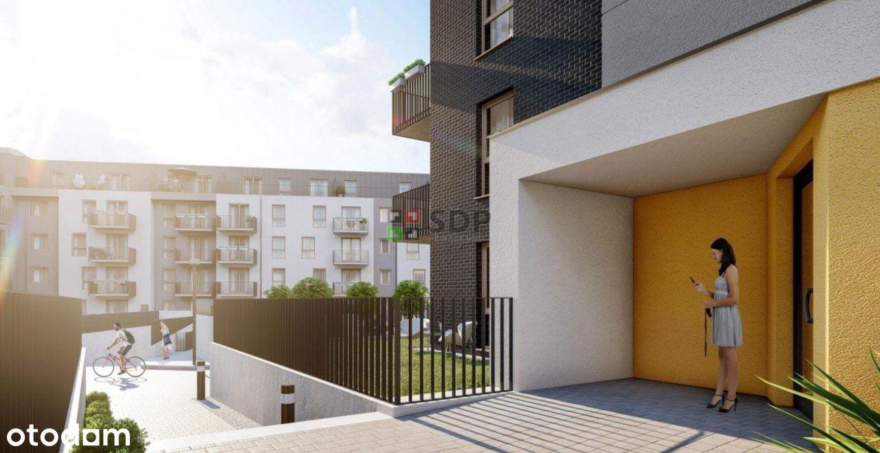mieszkanie z dwoma balkonami;