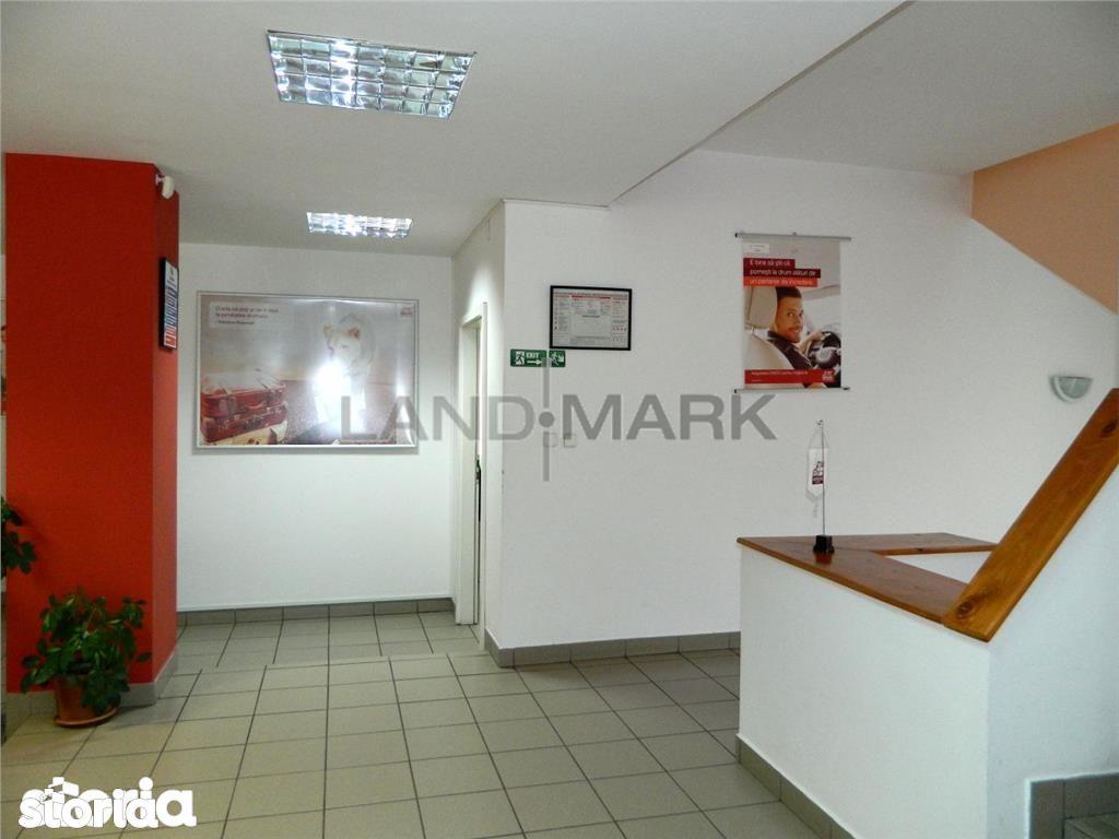 Vanzare cadire de birouri, 800 Euro \/ mp zona MALL
