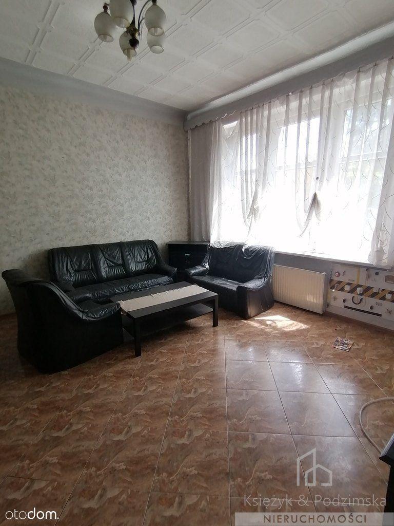 Duże mieszkanie w dogodnej lokalizacji 4 pokoje