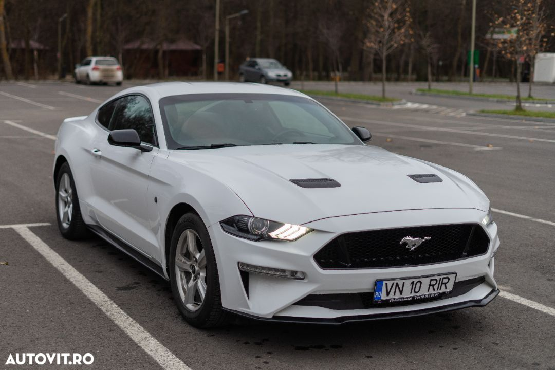Ford Mustang - 16