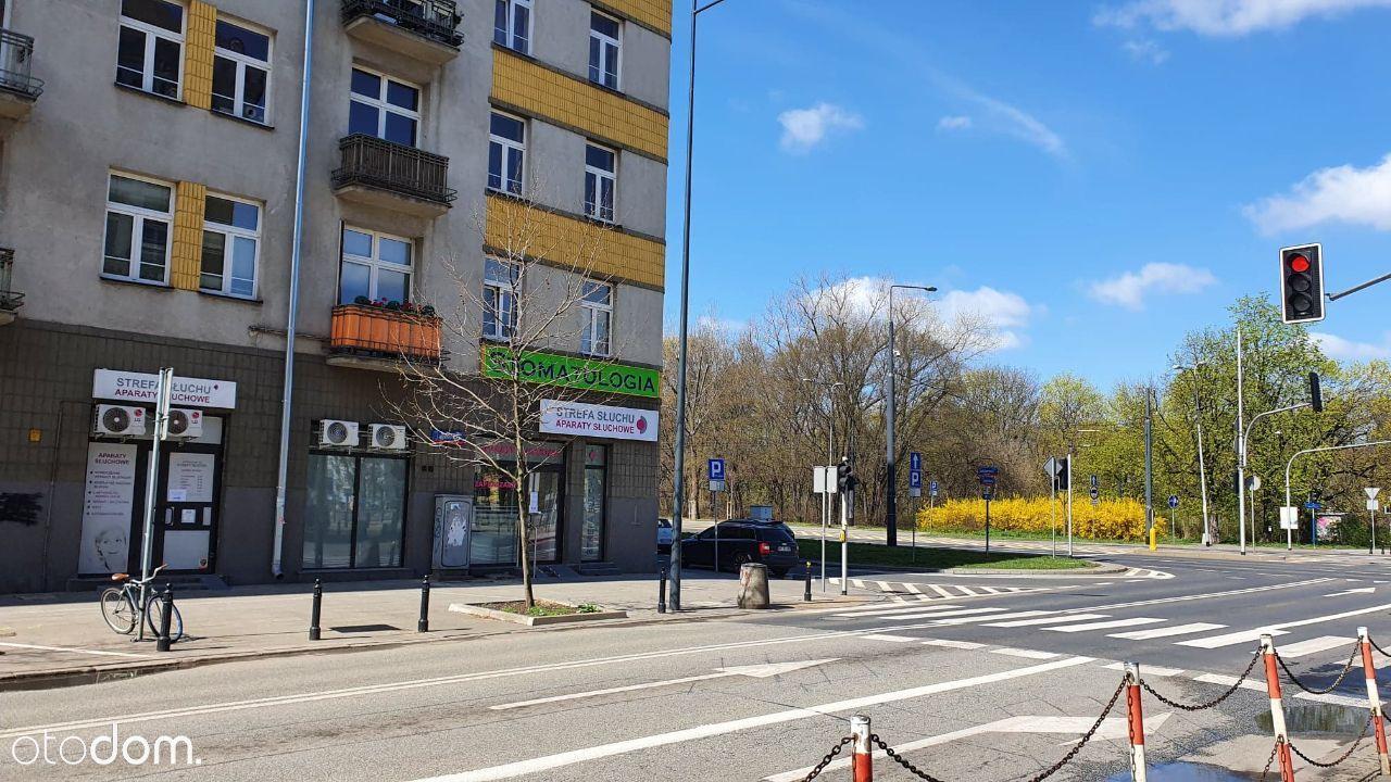 Lokal usługowy 30m.kw znakomita lokalizacja, metro