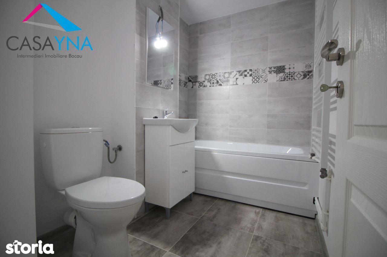 Apartament 2 camere semidecomandate renovat complet zona Ura