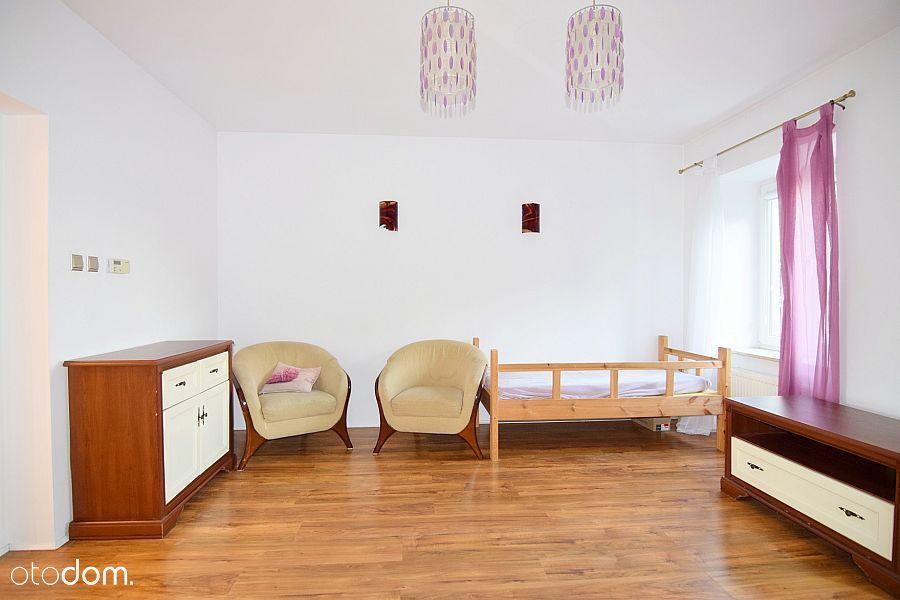 Mieszkanie 3-pokojowe w kamienicy
