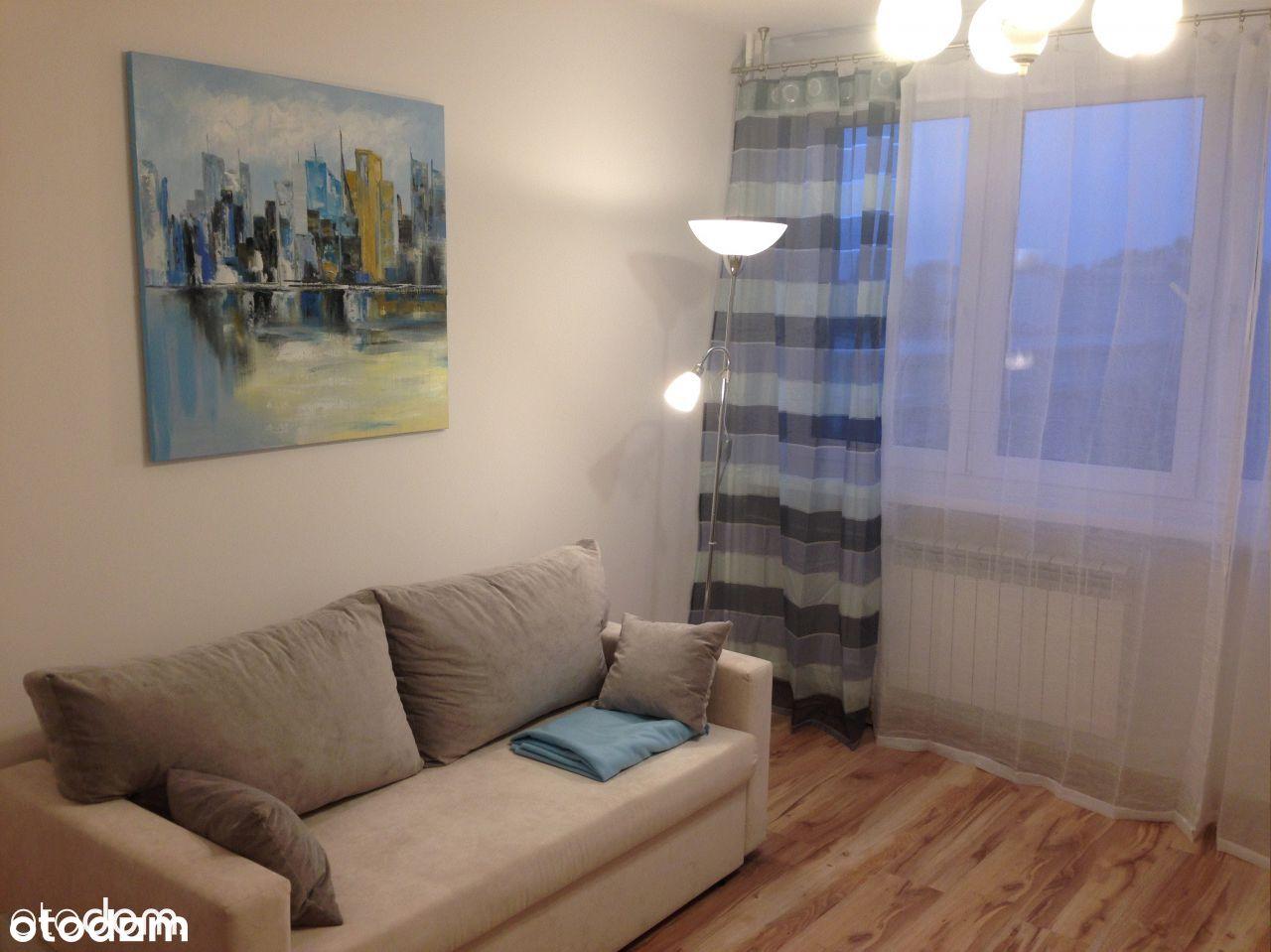 Pokój w mieszkaniu dwupoziomowym po remoncie