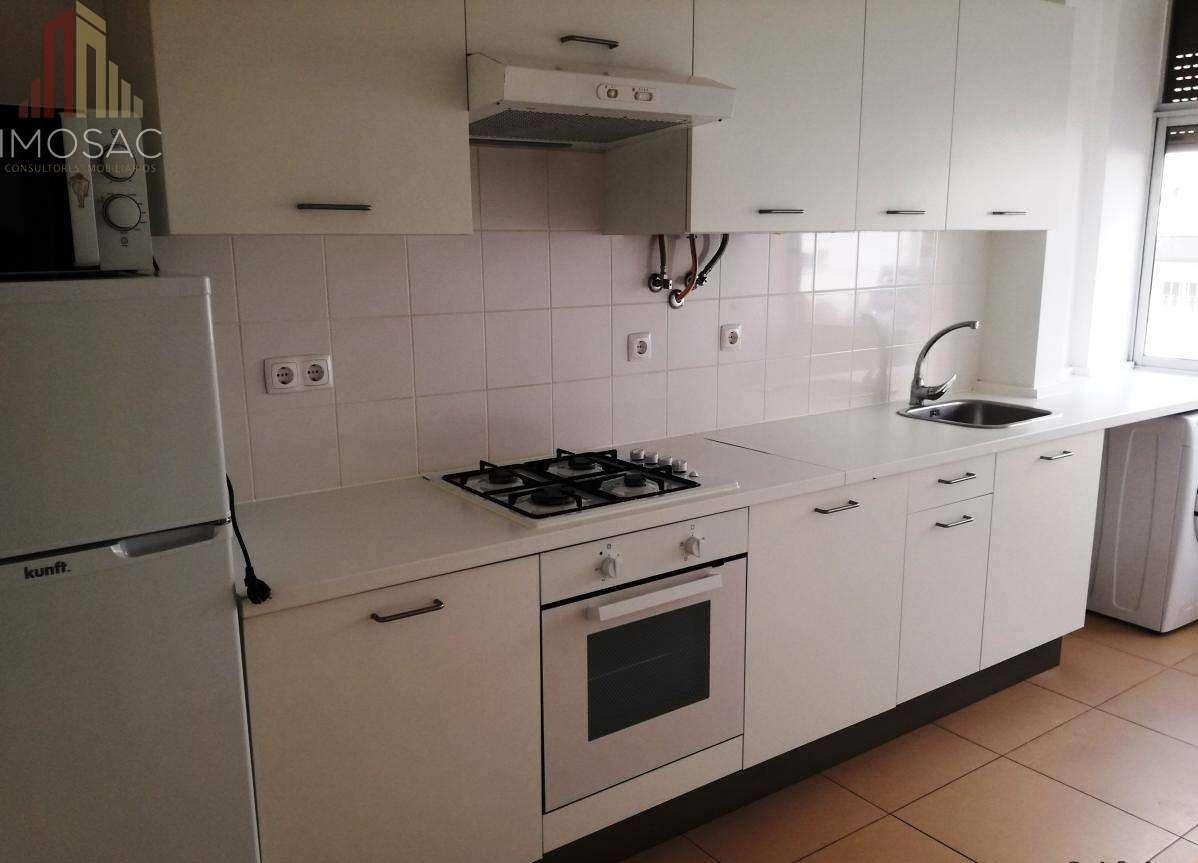 Apartamento para arrendar, Póvoa de Santo Adrião e Olival Basto, Lisboa - Foto 1