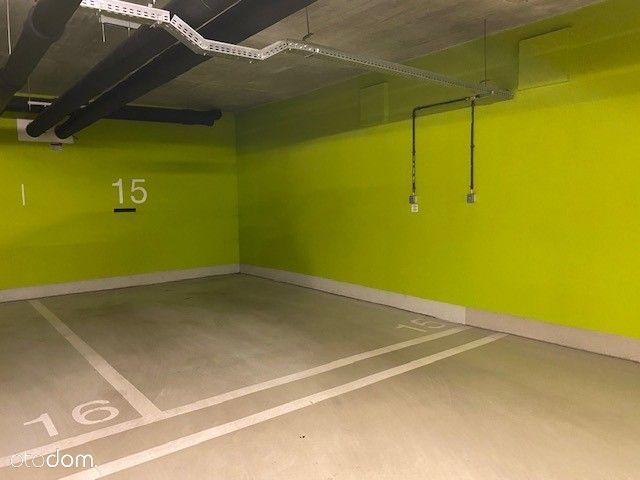 Miejsce postojowe w garażu Browaru Lubicz