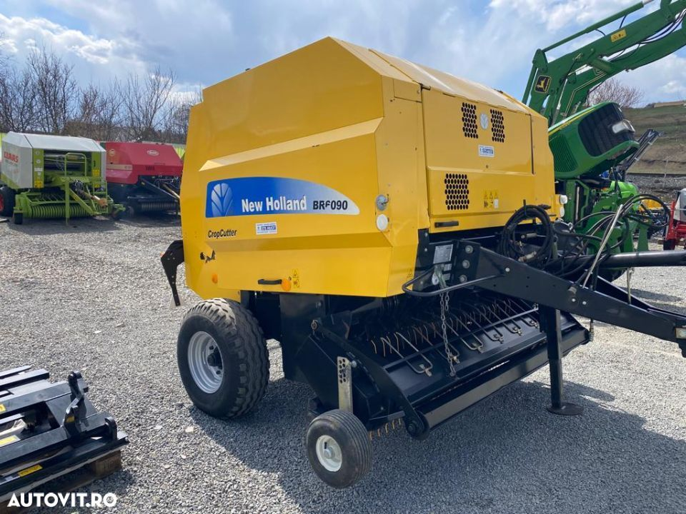 New Holland BR6090 - 4