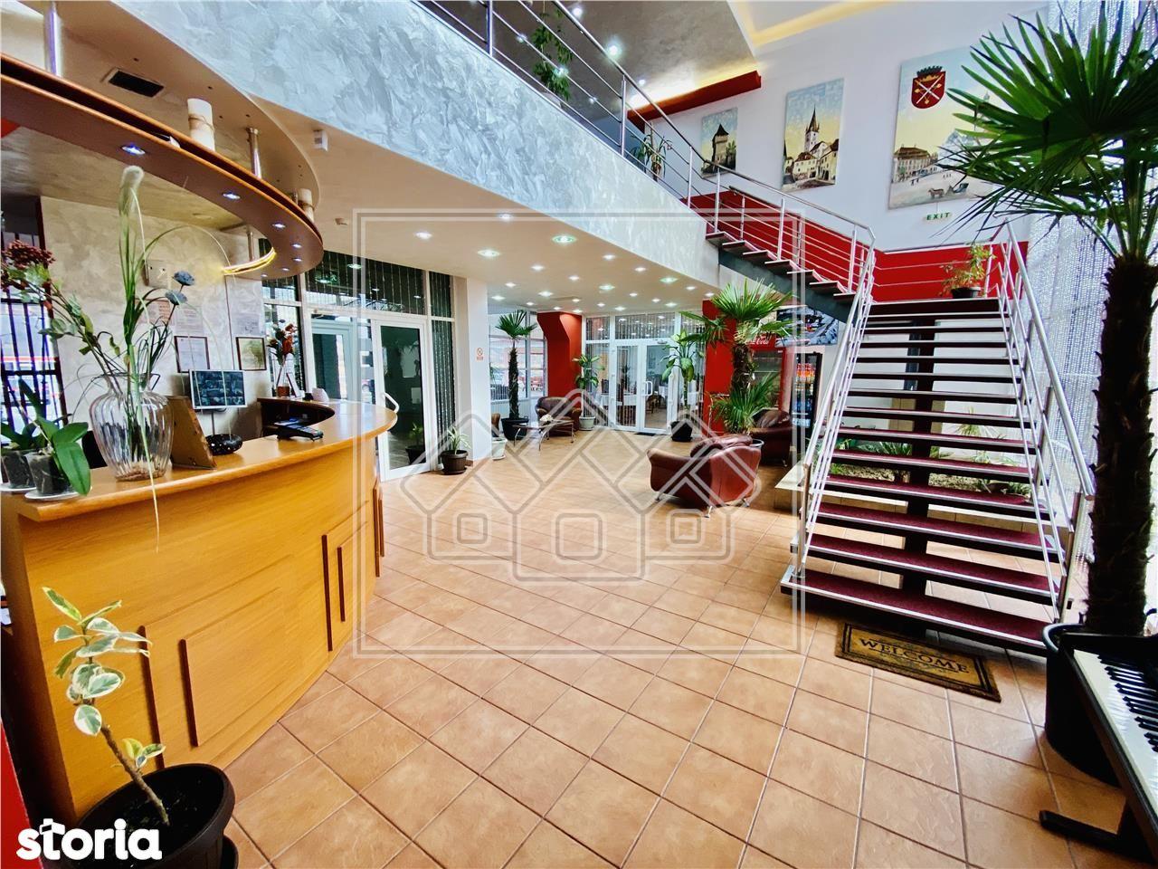 Hotel 3 stele - afacere la cheie - renovat in 2020 - zona cu vad