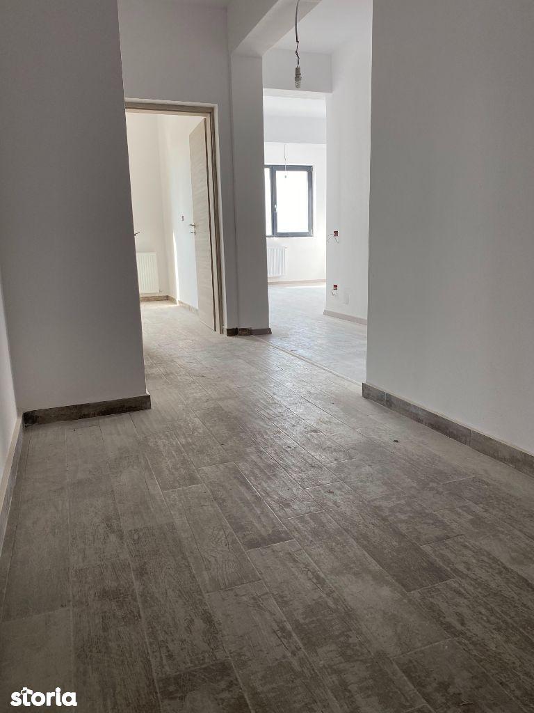 Apartament 3 camere metrou Berceni