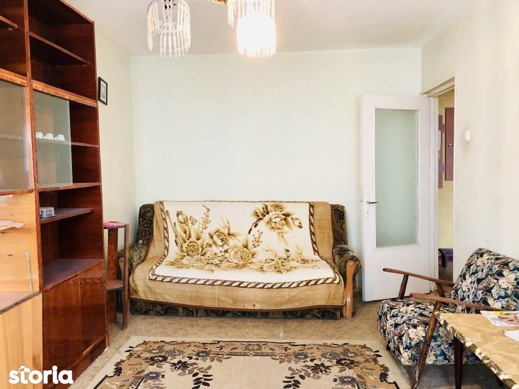 Apartament 3 camere decomandate Siderurgistilor pret 50.000Euro