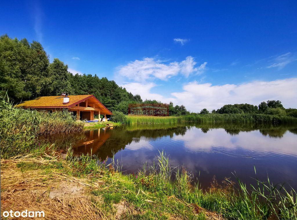 Piękna działka nad jeziorem z prywatną plażą