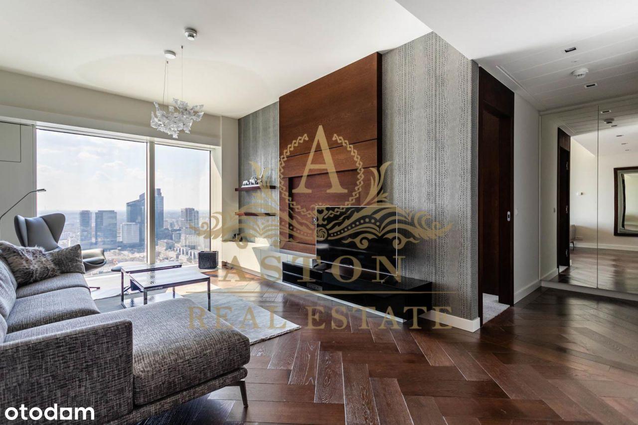 Luxury apartment on 41st floor on Złota 44