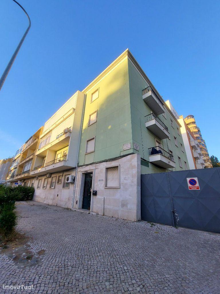 Apartamento para comprar, Alameda das Linhas de Torres, Lumiar - Foto 1