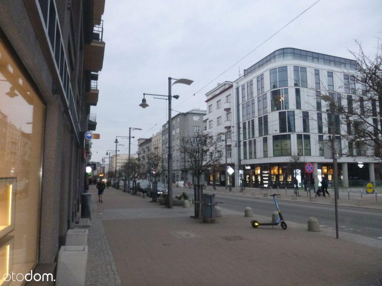 Lokal użytkowy/sklep 17 m2 ul Świętojańska wynajmę