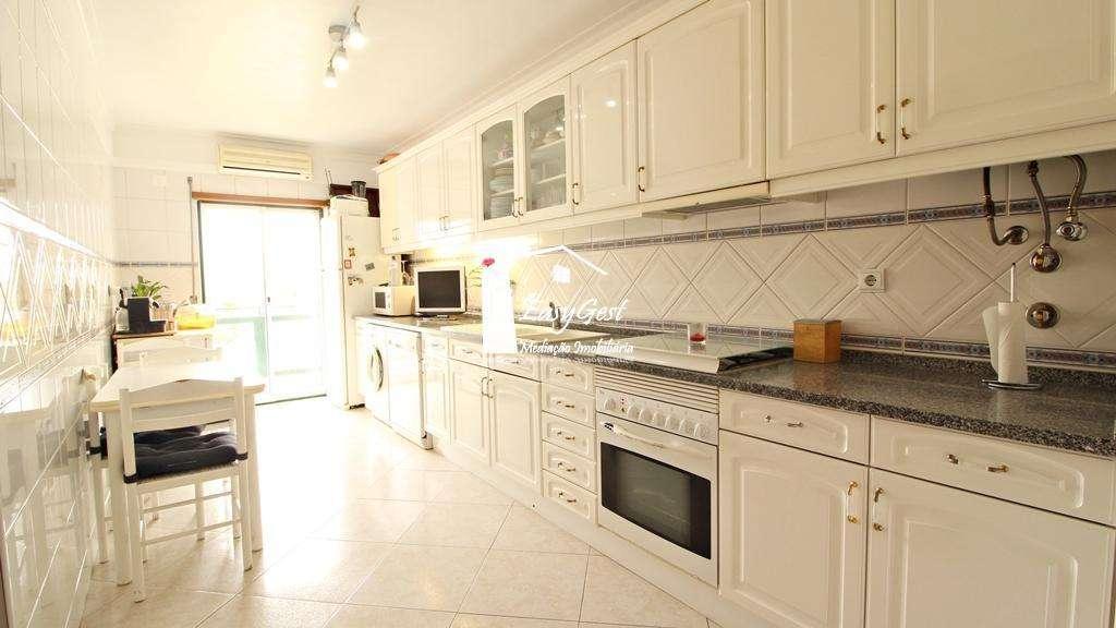 Apartamento para comprar, Atalaia e Alto Estanqueiro-Jardia, Setúbal - Foto 11