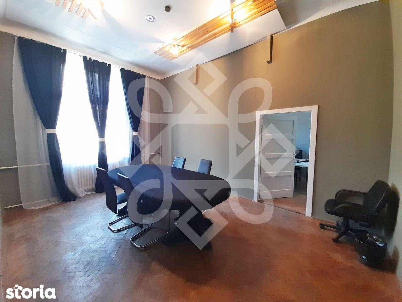 Apartament doua camere de vanzare, ultracentral, Oradea