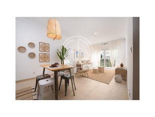 Apartamento T2 62m² novo, perto da praia, em Portimão