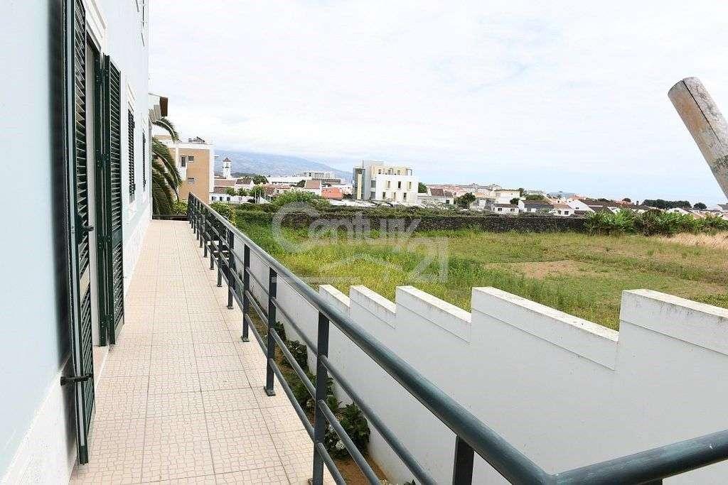 Moradia para comprar, Ponta Delgada (São Sebastião), Ponta Delgada, Ilha de São Miguel - Foto 25