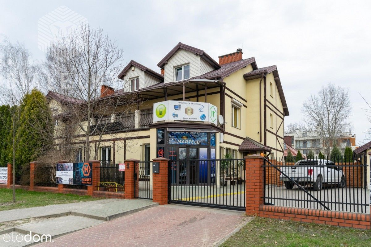 Atrakcyjny dom z parterem usługowym