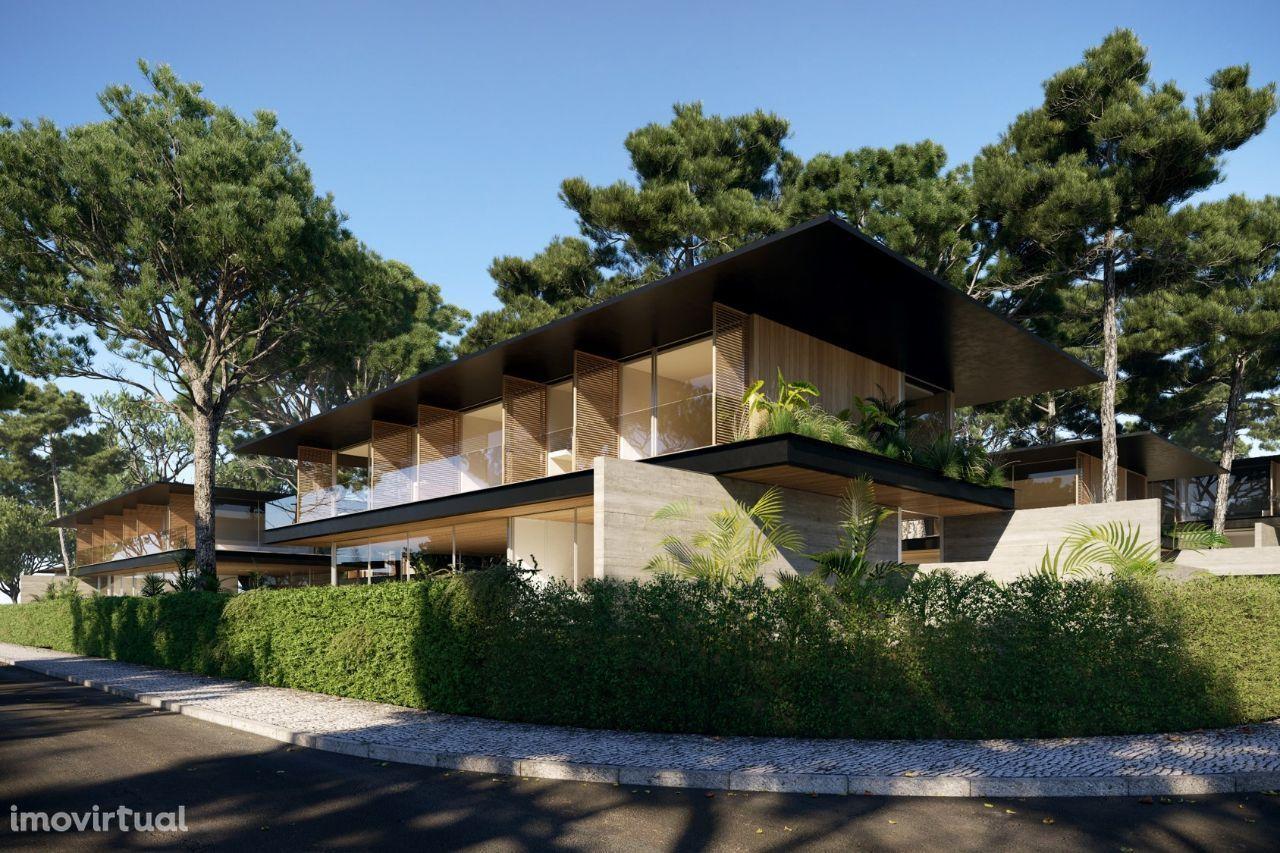 Fabulous Plot with T4 Villa construction project private condominium